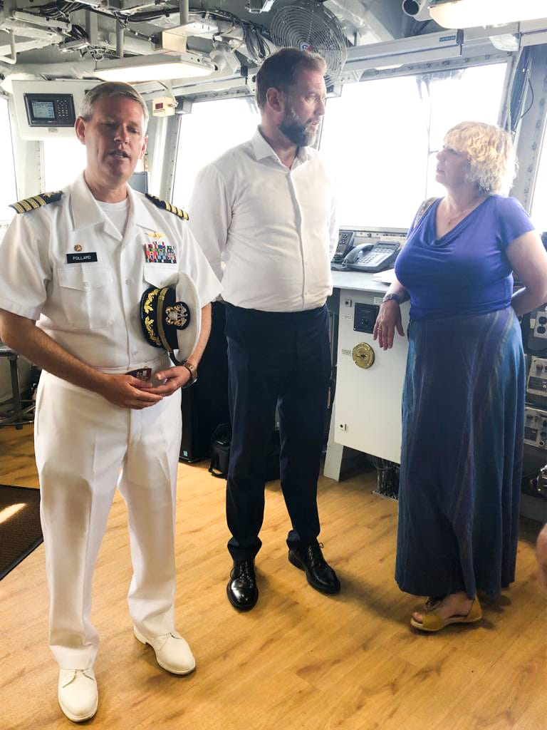 Banožić i Hranj u Splitu na američkom brodu USS Mount Whitney