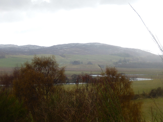 Photo:Trees, Ruthven Barracks, and a mountain, 2021 May 06 By Dunnock_D