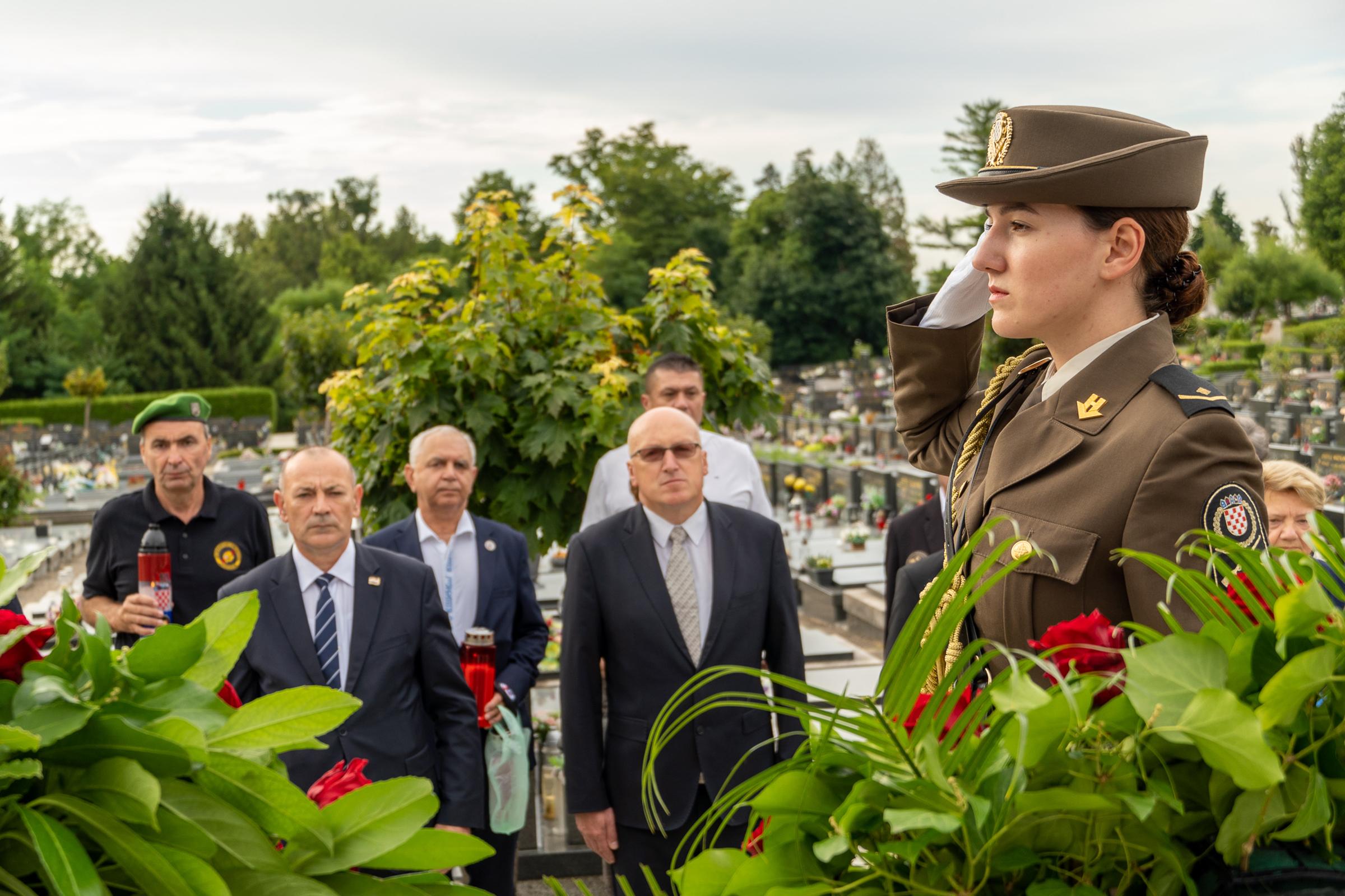 Državni tajnik Jakop na polaganju vijenaca povodom 26. obljetnice VRO Oluja