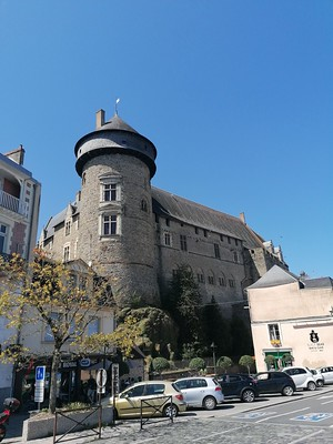 Toren in Laval