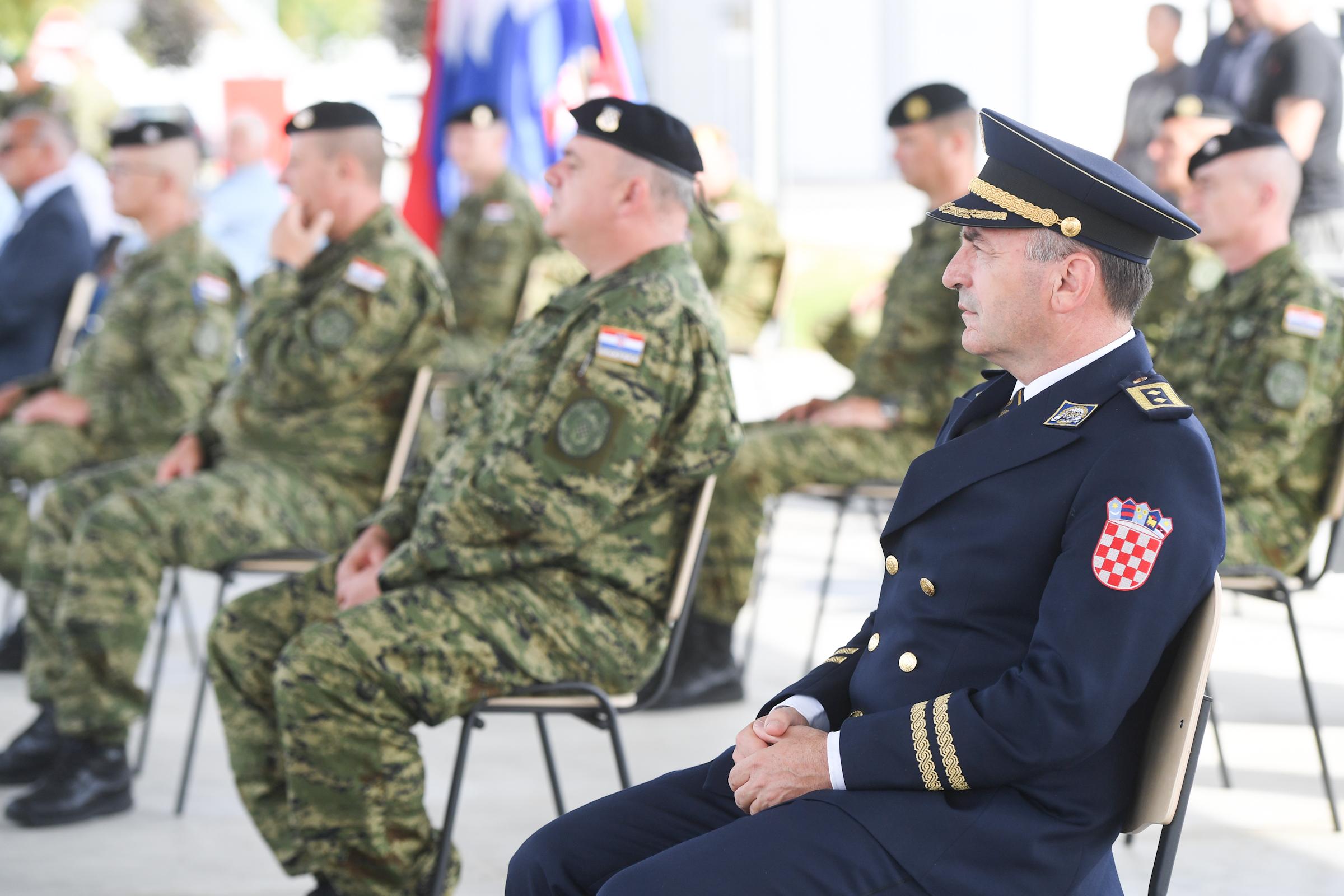 Inženjerijska bojna Hrvatske vojske stigla u Vukovar