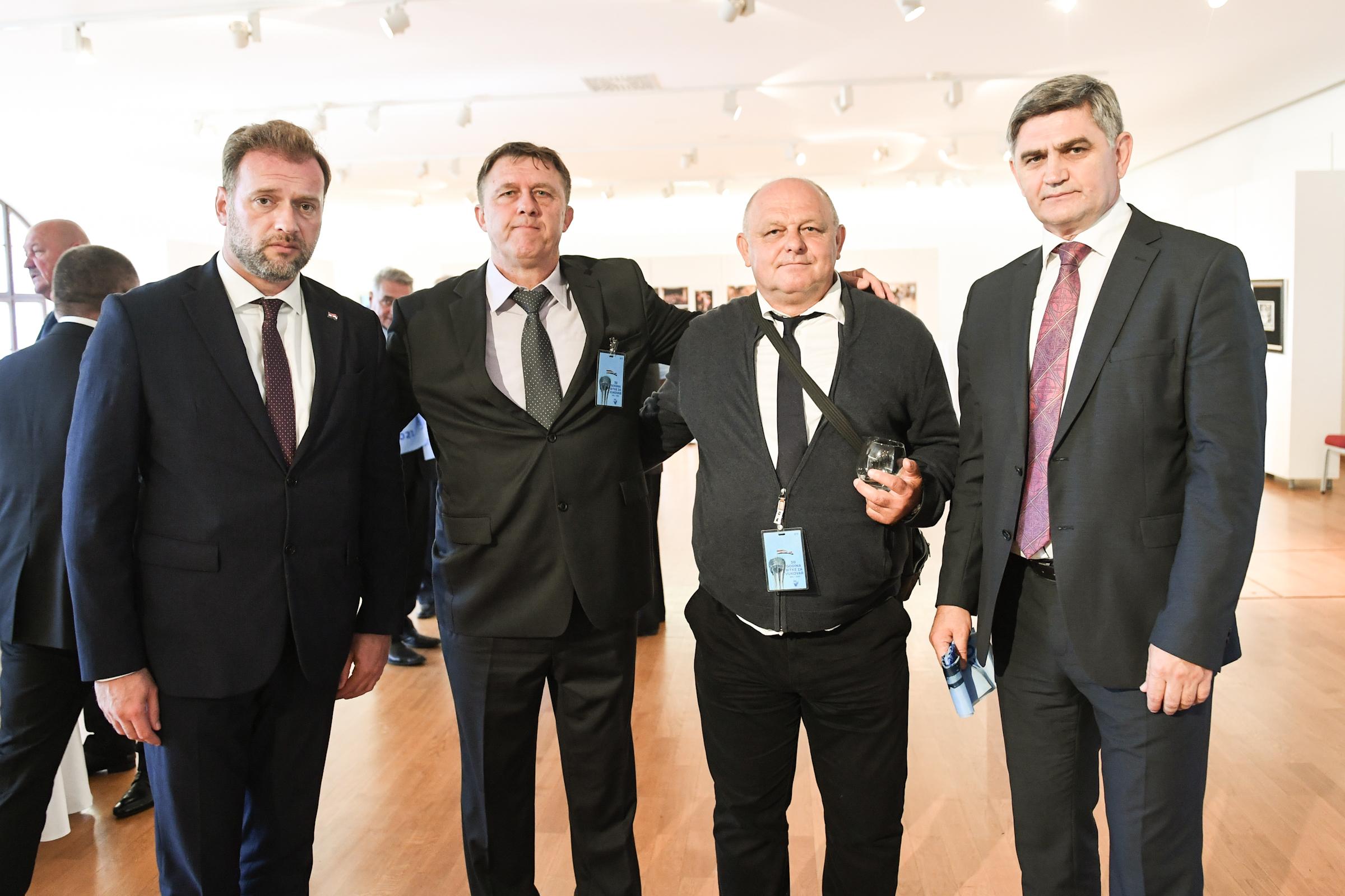 Ministar Banožić na obilježavanju 30. obljetnice Bitke za Vukovar