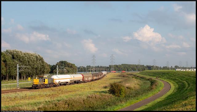 Photo:DB 6461 // Rangeerbeweging // Nieuwdorp, Oostenrijkweg // 10 september 2021 By Quinn Torsius