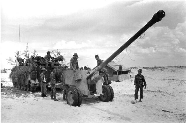 Photo:VIETNAM WAR QUANG TRI ADVANCE By manhhai