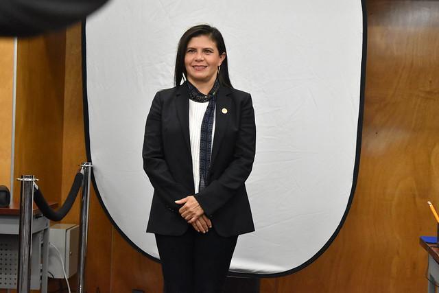 Dip. Manuela del Carmen Obrador Narvaez