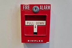 Fire alarm pull station at 2 Pidgeon Hill Drive [01]