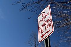 No parking sign at Warrenton Volunteer Fire Company [02]
