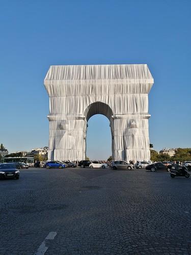 Christo et Jeanne-Claude, L'Arc de Triomphe, Wrapped, 1961 – 2021
