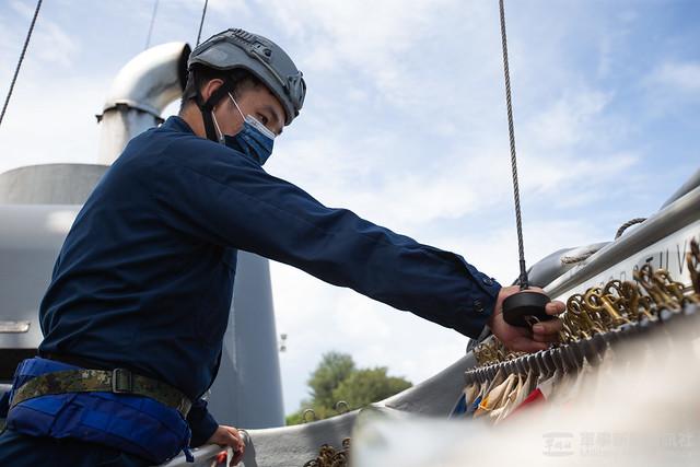 漢光37號演習田單軍艦出港作業及模擬掃布雷開闢安全航道