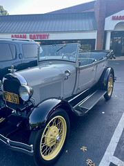 1928 Model A Ford side