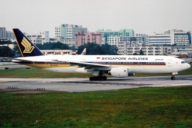 Singapore Airlines   Boeing 777-200ER   9V-SVC   Guangzhou Baiyun (old)