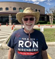 Ron Nirenberg's father