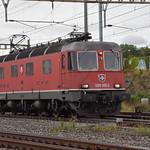 Re 620 050-5 durchfährt am 20.09.2021 solo den Bahnhof Pratteln.